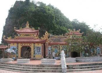 Ba De Temple Hai Phong